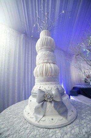 cake_reception_382_11_m