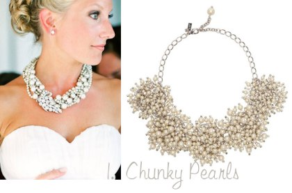 statement-necklaces-pearls